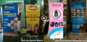 Roll-Up-Banner-Stand